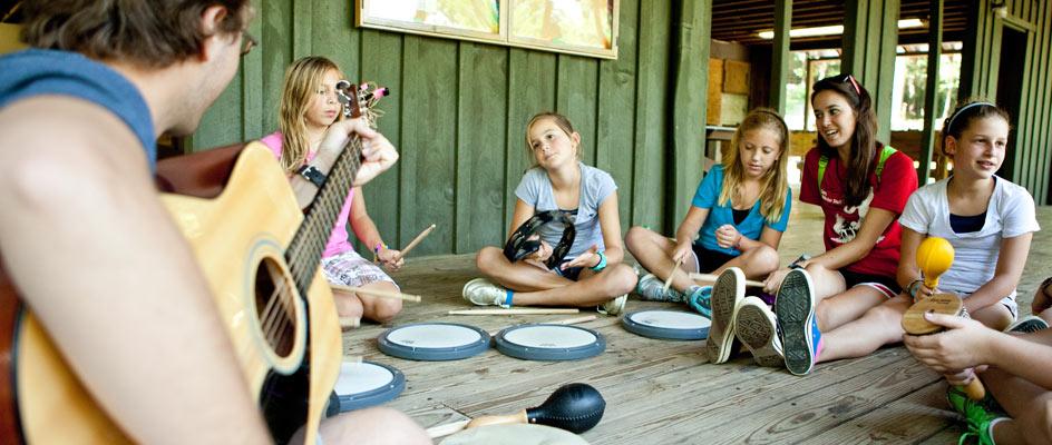 Musical-activities-at-highlander